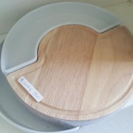 tagliere in legno con porta stuzzichini